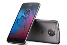Moto g5s telefoonhoesjes