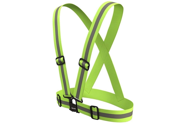 Reflecting safety belt, adjustable to any size!
